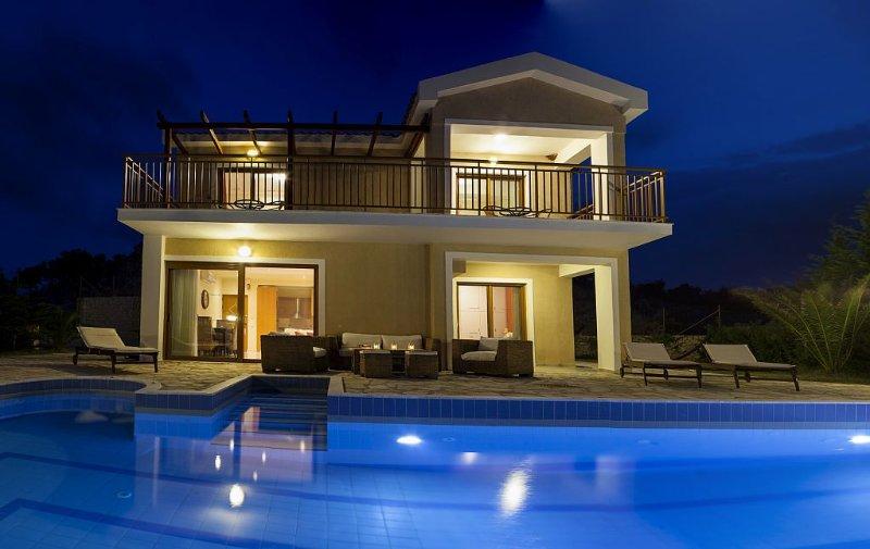 Villa with private pool - endless sea view / mountain view - Villa Di Capri, holiday rental in Skala