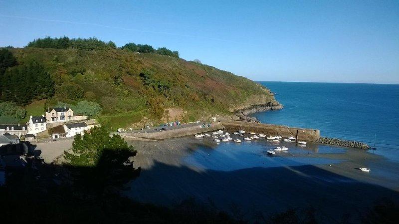 VILLA pour 5 personnes en Bretagne A 400 m de la Plage., location de vacances à Plouézec