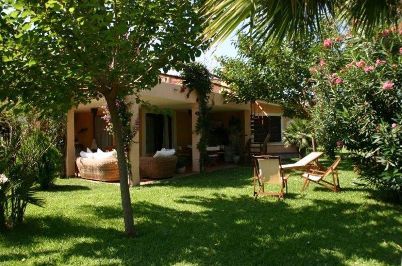 Villa sul mare, vicina al porto e nell' area marina protetta di Capo Carbonar, alquiler de vacaciones en Villasimius