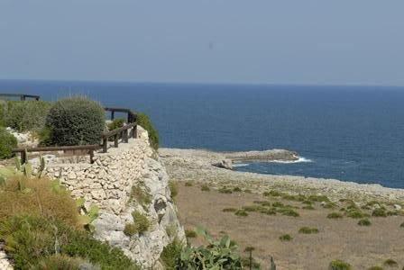 Graziosa villa  tranquilla sovrastante il mare - vista eccezionale - WIFI, holiday rental in Plemmirio