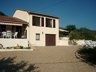 Villa, Private Pool, Nr Carcassonne, Southerly Views to the Pyrenees, vacation rental in Serres