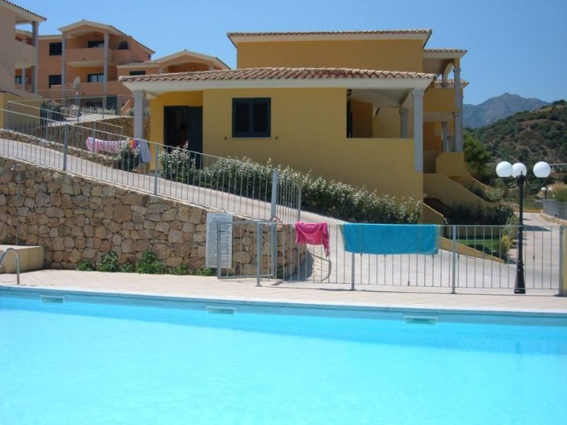 San Teodoro: New  groundflor independent flat built in Sardinian style, holiday rental in Straulas