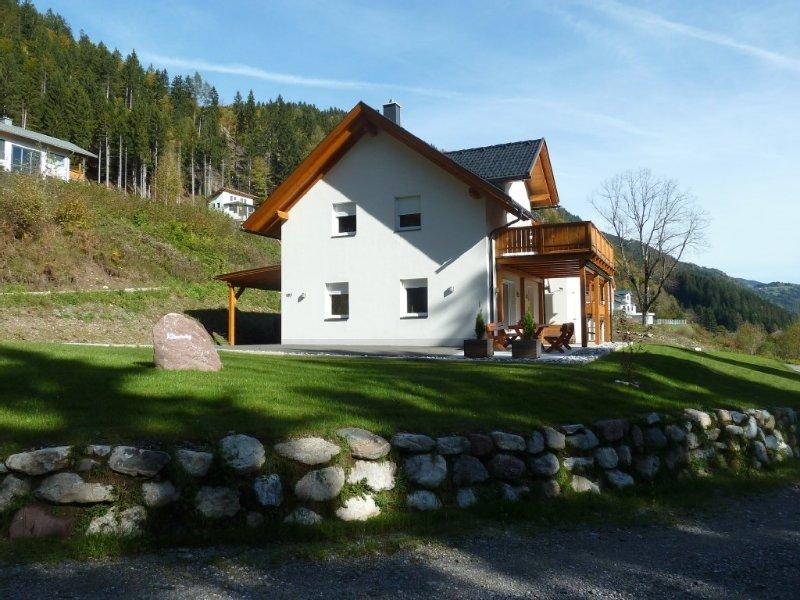 Luxe vrijstaande Villa (2-10 pers) Vier seizoenen mooi!, holiday rental in Greifenburg