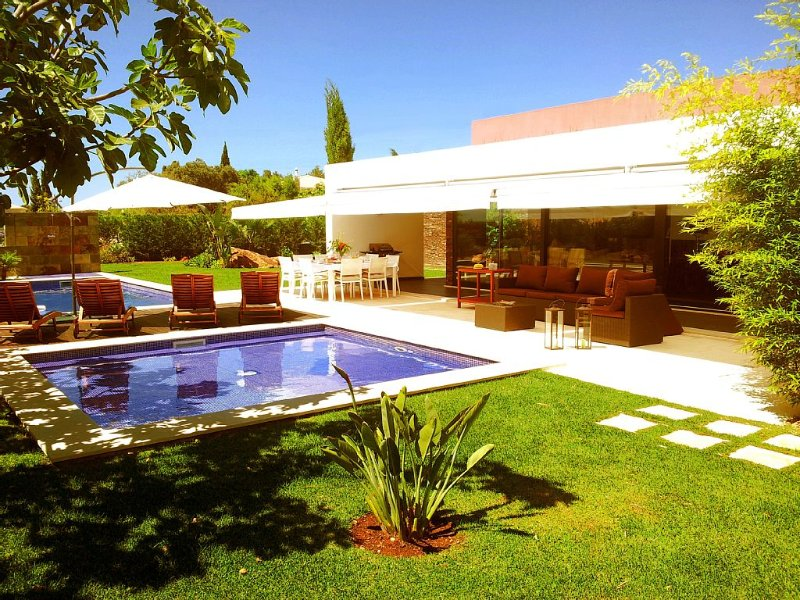 Elected one of the hottest villas for families by The Sunday Times, alquiler de vacaciones en Portimao