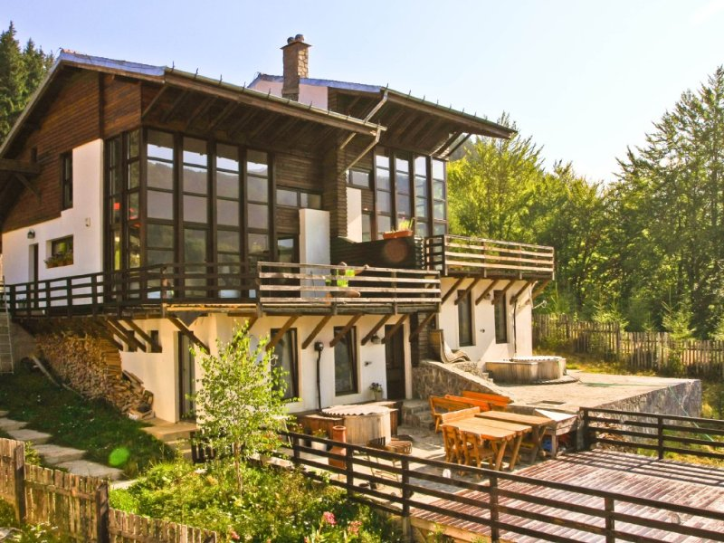 An Idyllic Retreat on the Edge of Transylvania, location de vacances à Sud de la Roumanie