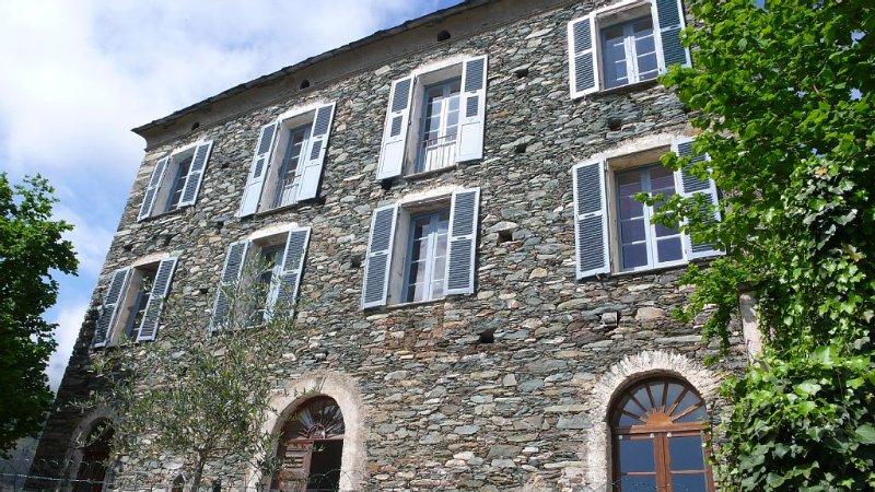 Grande maison de caractère, location de vacances à Castello-di-Rostino