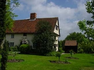 Rural Timber Framed 16th C Cottage With Use Of Indoor Heated Pool, holiday rental in Brandeston