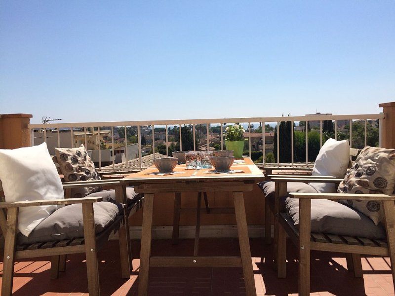 Golfe-Juan, proche Plages et Cannes, holiday rental in Vallauris