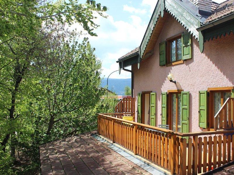 Casetta indipendente e confortevole - 022102-AT-068138, vacation rental in Velo d'astico