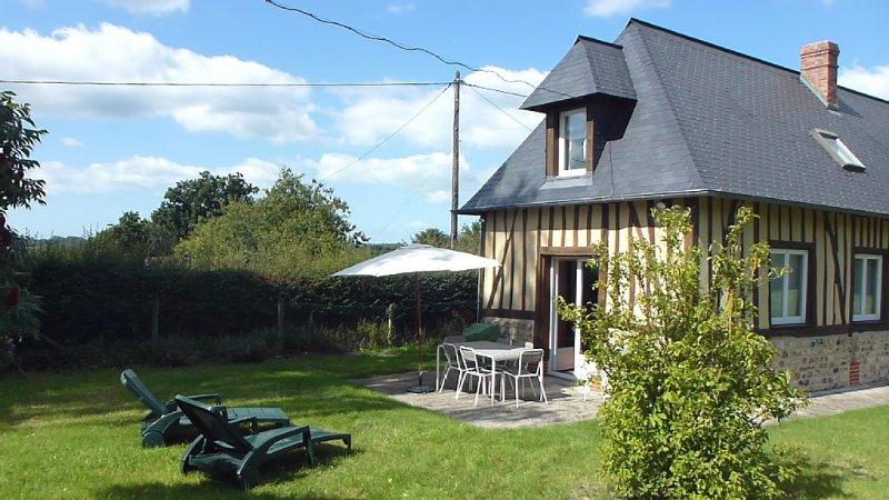 Agréable maison normande entièrement restaurée, holiday rental in Honfleur