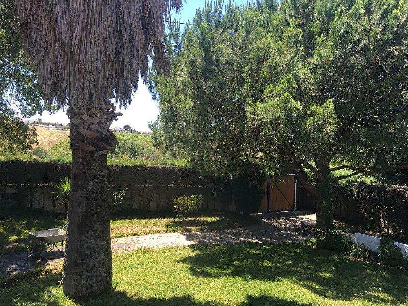 VILLA160 SESIMBRA Sol, Praia e Serra, holiday rental in Sesimbra