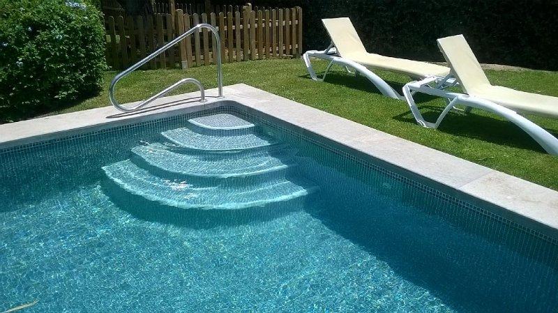 Villa de lujo con piscina privada  a lado del campo de golf, location de vacances à Vejer de la Frontera
