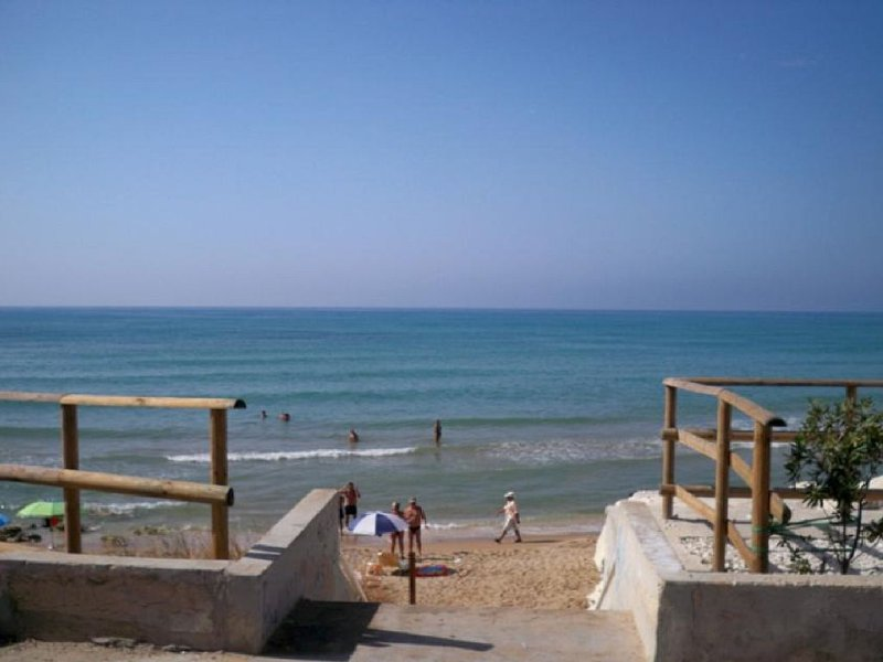 Caucana Vacanze a 30 metri dal mare, vakantiewoning in Santa Croce Camerina