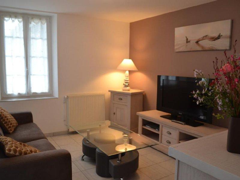 NERAC GITE DE 4 EPIS, holiday rental in Montagnac-sur-Auvignon