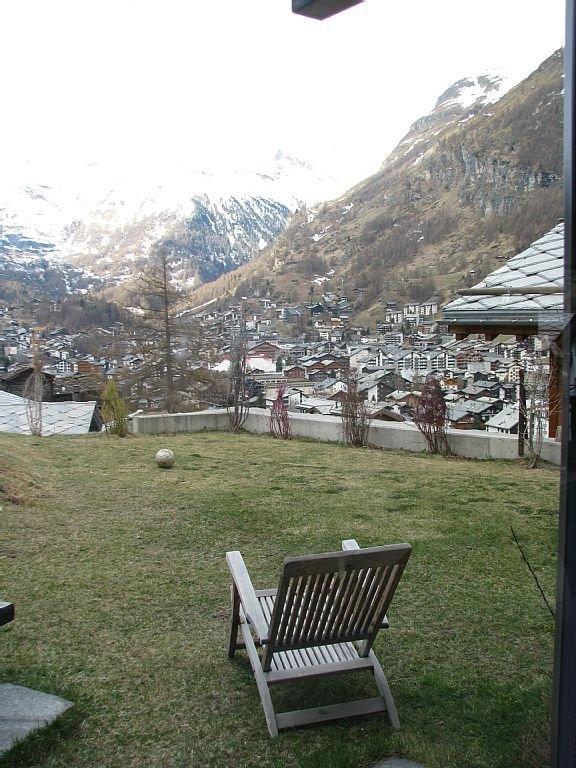 Garden with view of Matterhorn
