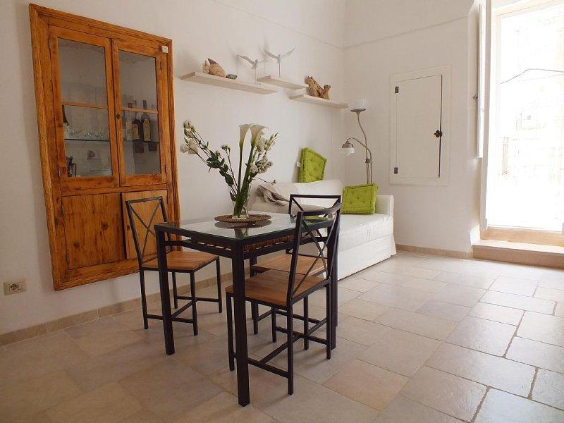 Intera palazzina nel Centro Storico, La Casa di Liska, Terrazze vista mare, WiFi, casa vacanza a San Vito