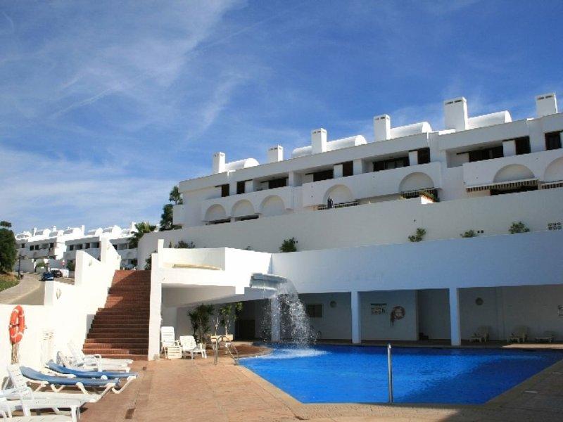 3 Bedroom House, La Cala. Sea Views & Pool, 5 Mins Walk To All Amenities In La C, holiday rental in La Cala de Mijas