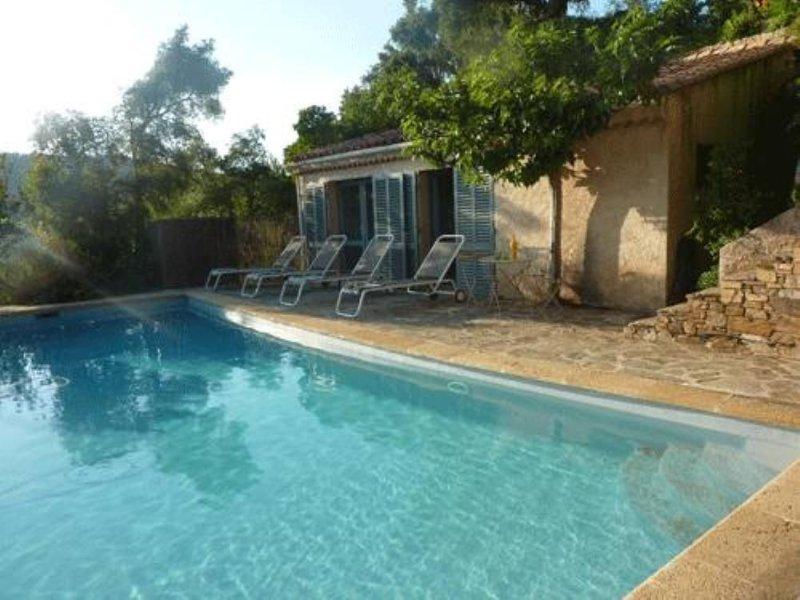 Maison à louer Domaine de Valcros 83250 La Londe les Maures, vacation rental in La Londe Les Maures