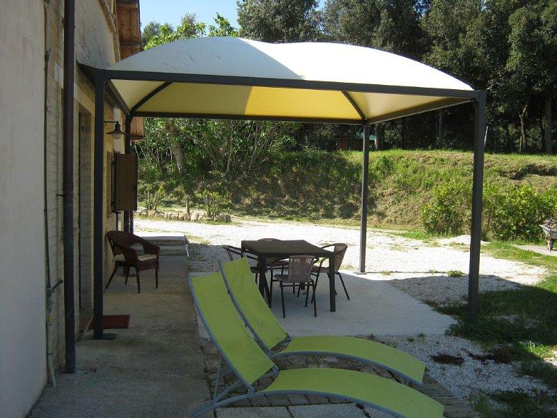 Il rustico: una terrazza sulle Marche, vacation rental in Monte Giberto