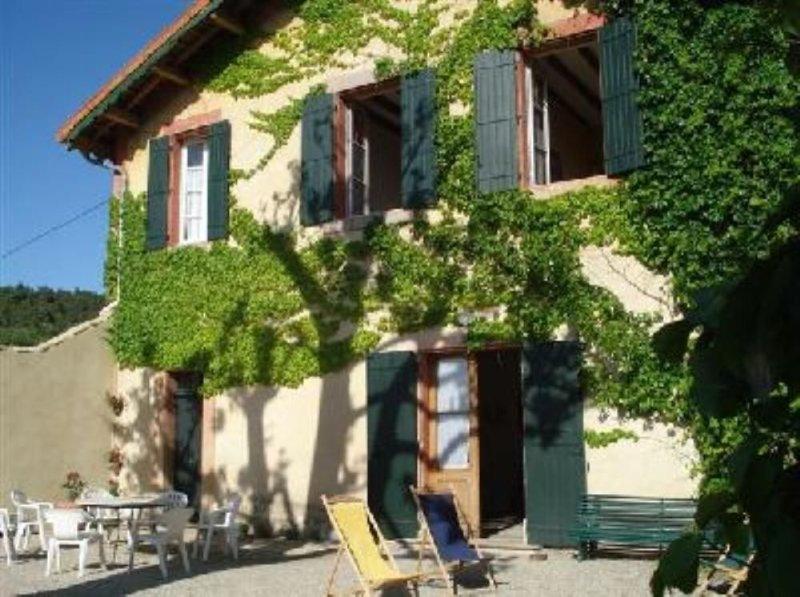Maison de caractère:mas, location de vacances à Suze-la-Rousse