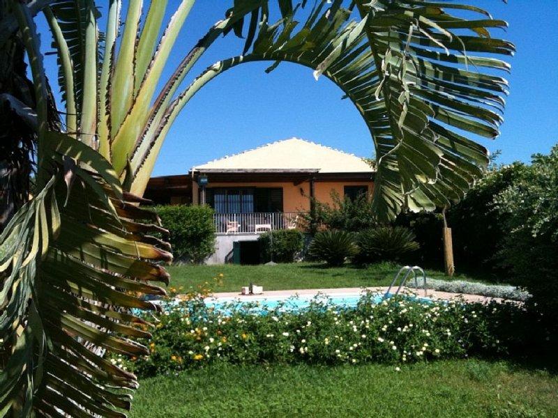 Villa  con PISCINA PRIVATA - Vista Mare - SUD-EST SICILIA!!, holiday rental in Scicli