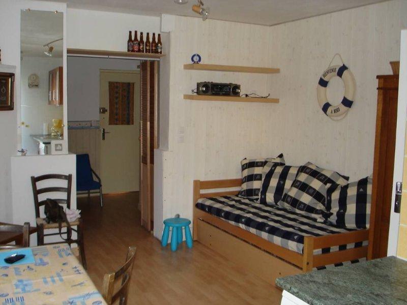 Salon avec lits