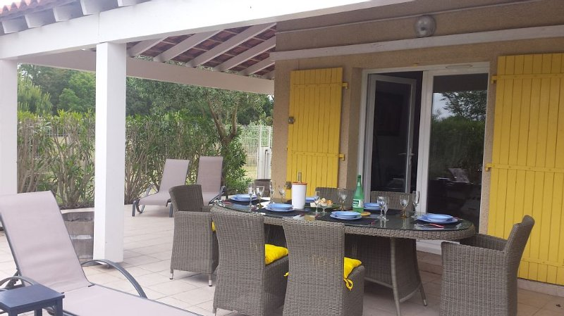 A view of the outdoor dining area