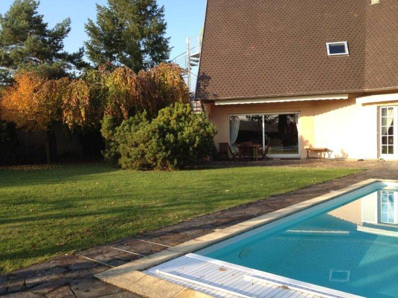 Gîte de charme le loft des châteaux au coeur du vignoble d'Alsace, vacation rental in Wintzenheim