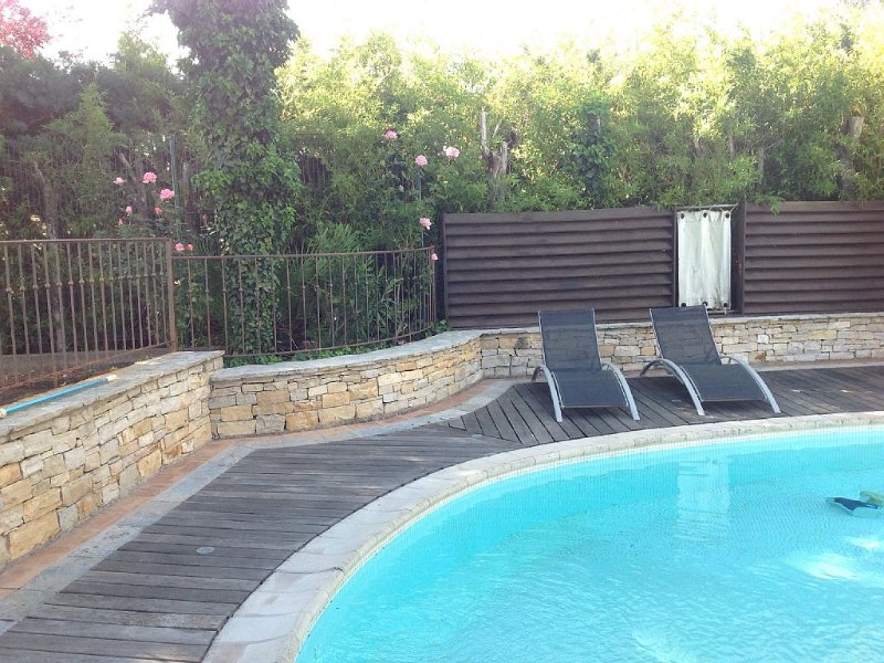 maison les pins au calme, holiday rental in Aniane