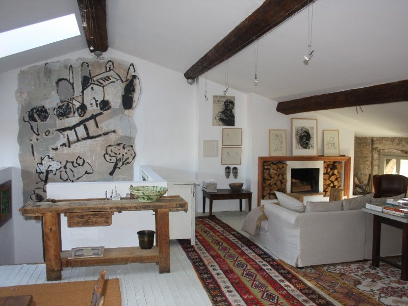 Spacious charming apartment In The Old Part Of Ceret, alquiler de vacaciones en Céret
