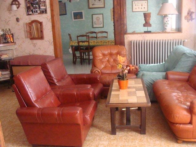 vacances conviviales et confortables dans appartement dans maison individuelle a, holiday rental in Saint-Sernin