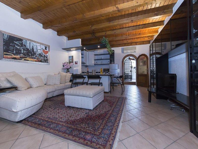 Appartamento in centro storico a Rivoltella sul Garda ideale per famiglie, holiday rental in Lake Garda