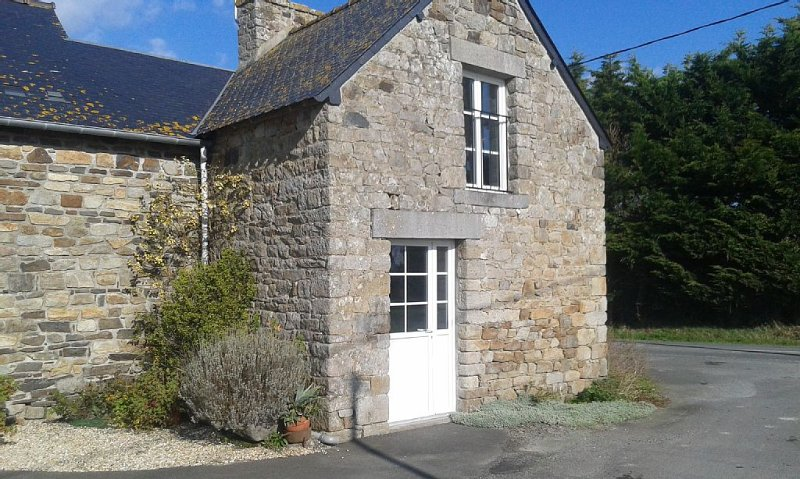 gite en baie du mont saint michel sur la commune de cherrueix, casa vacanza a Mont-Dol