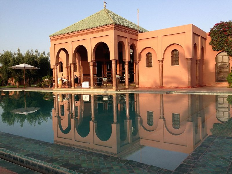 Villa d'architecte avec piscine privée dans un oasis, vacation rental in Marrakech