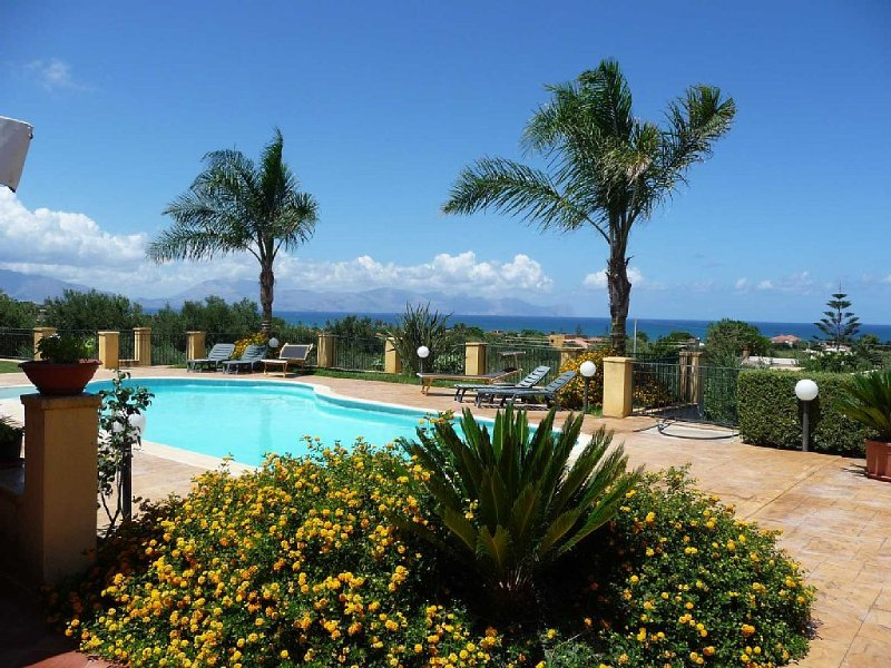 Villa San Cataldo, Terrasini Sicily, vacation rental in Trappeto