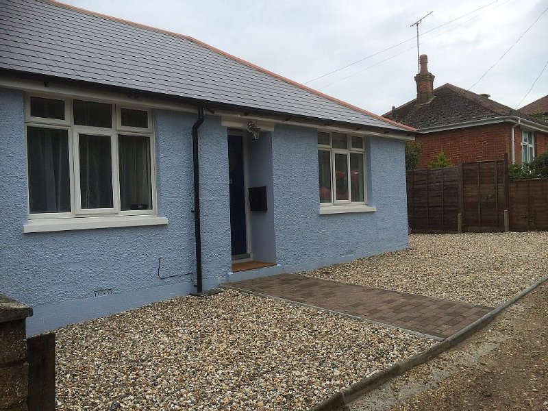 Bungalow In West Cowes Isle Of Wight, vakantiewoning in Cowes
