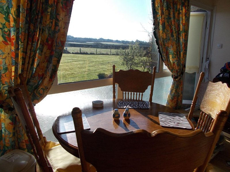 Near, Yarmouth.   Holiday bungalow. 38 Brambles Chine Freshwater, Isle of Wight, vacation rental in Freshwater