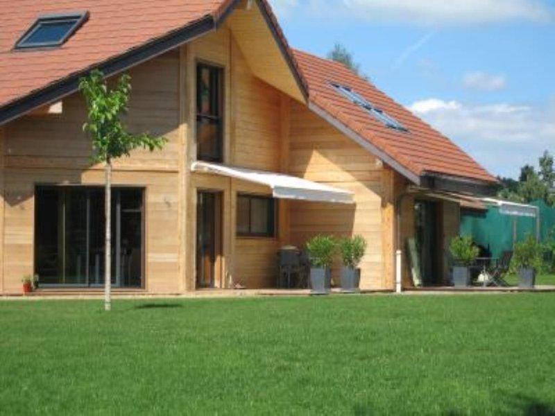 Annecy appartement dans villa entre lac et montagne, location de vacances à Argonay