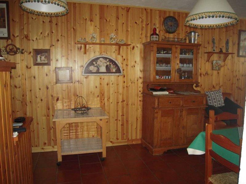 Appartamento in un residence. WI FI, Ferienwohnung in Valtournenche