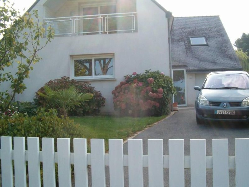 Appartement RDC dans MAISON A 100M DE LA MER......, alquiler de vacaciones en Morbihan