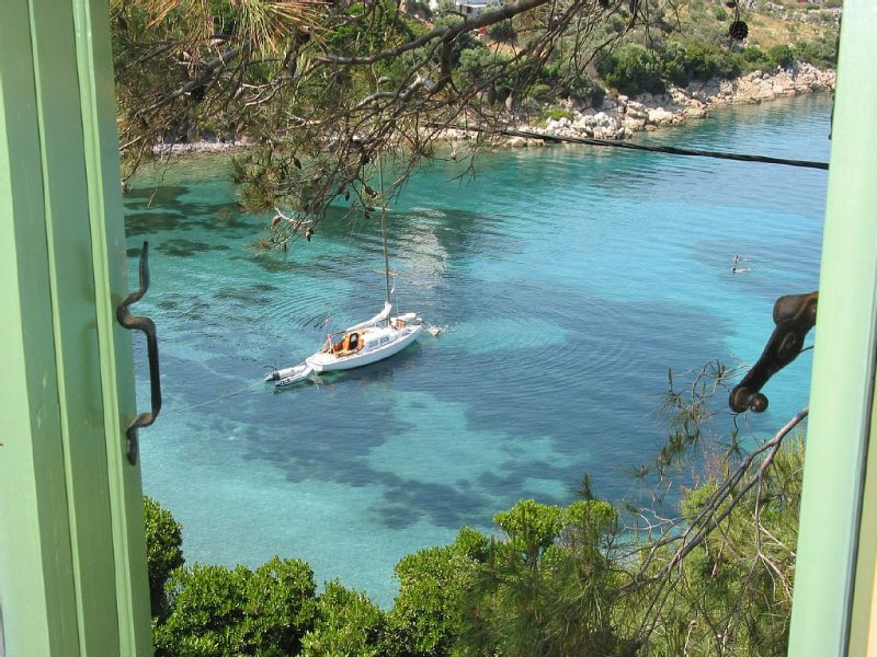 Vilavala: Nestling in fragrant green pines above sparkling blue Aegean waters, aluguéis de temporada em Sporades