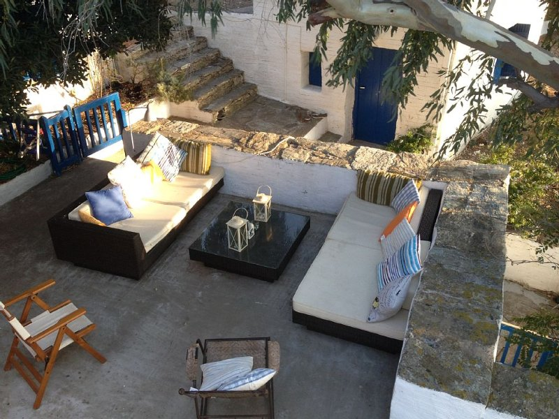 Shady, Secret Hideway on glorious undiscovered Andros, holiday rental in Andros