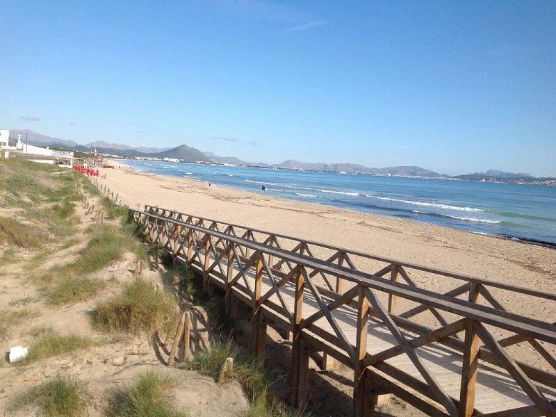 HERMOSA VILLA EN CAN PICAFORT, vacation rental in Ca'n Picafort