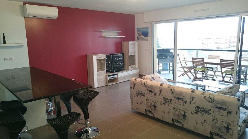 Appartement 5 étoiles à St-Raphël T3, vakantiewoning in Saint-Raphaël