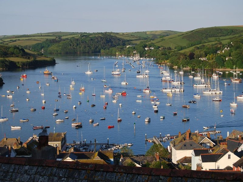 Enjoy one of the best views overlooking the Salcombe estuary, vacation rental in Salcombe