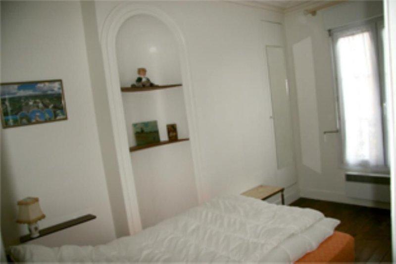 RASPAIL. Quartier très tranquille et agréable., aluguéis de temporada em Paris