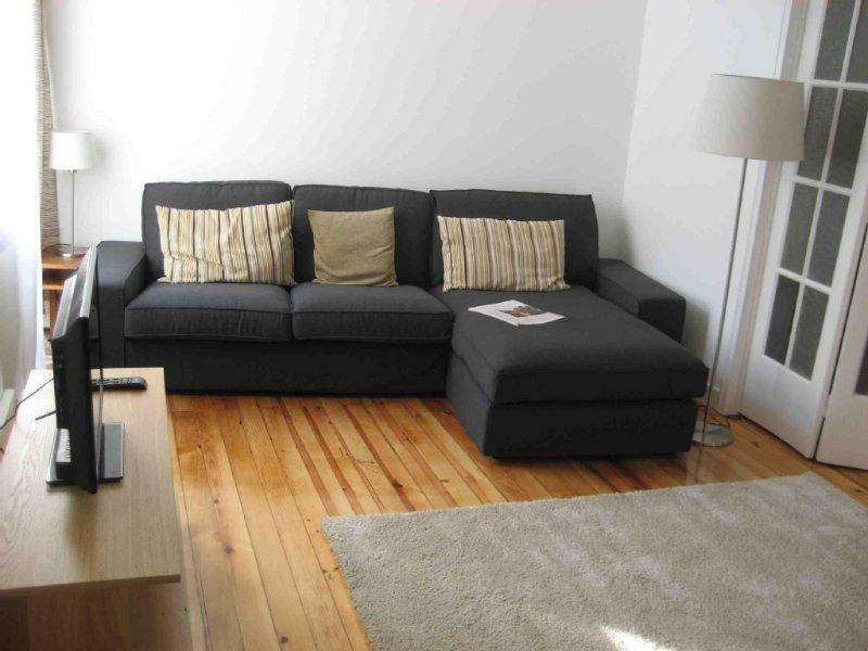 Sala de estar: sofá com chaise-longue