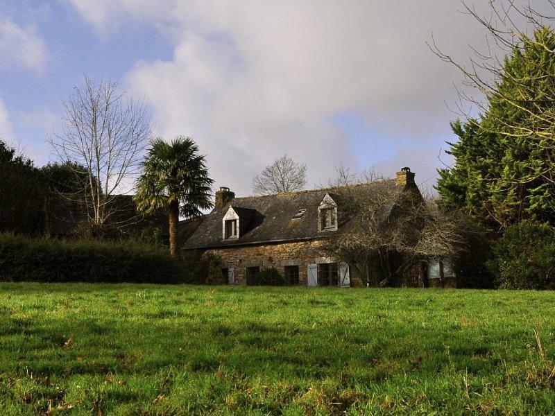 Belle maison du 18ème - Authentique, location de vacances à Rosporden