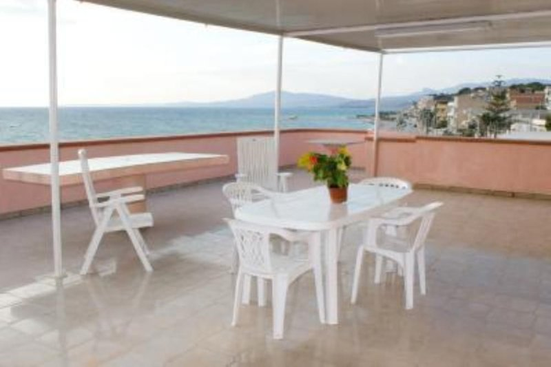 casa in riva al mare, holiday rental in Ribera