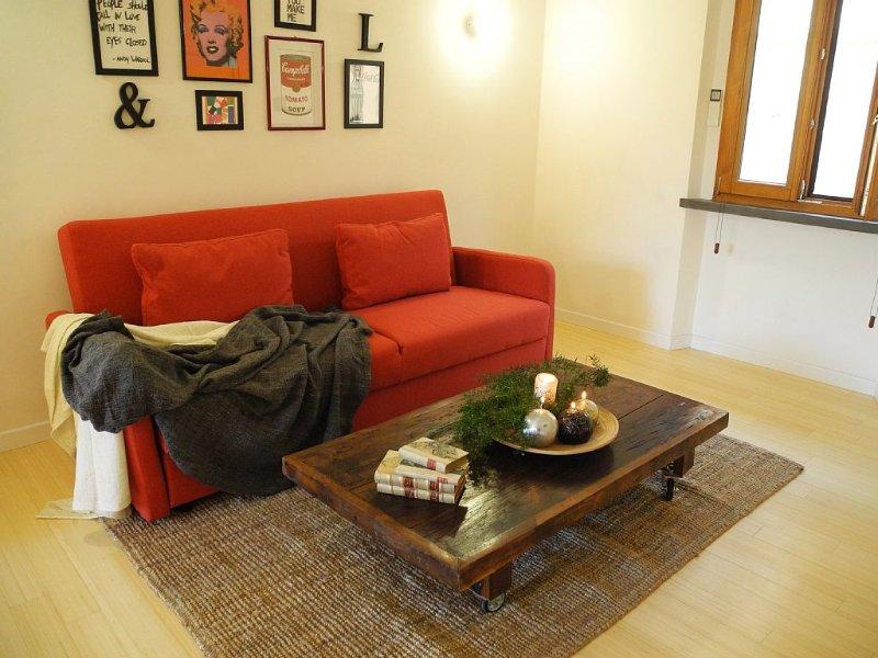 Moderno appartamento a due passi dagli Uffizi e dal Duomo di Firenze, holiday rental in Scandicci